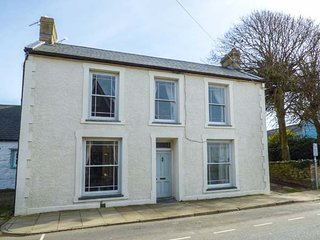 THE BAKEHOUSE, all ground floor, close to city centre, pet-friendly, St Davids - Saint Davids vacation rentals