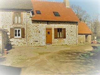 Wisteria Cottage, Lascoux, Nr Azerables, La Creuse - La Souterraine vacation rentals