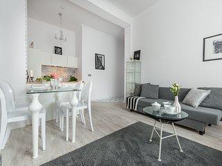 1 BR. Apartment ANDERSA - Warsaw vacation rentals