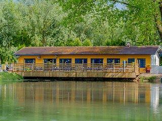 Mobilhome tout confort 2 / 3 chambres avec terrasse / salon de jardin / barbecue - Matringhem vacation rentals