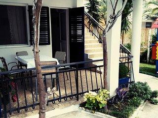 Apartments Nadja - Quadruple Studio - Bijela vacation rentals