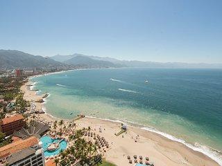 Puerto Vallarta Spectacular View. Ocean Front Penthouse in Hotel Zone - Puerto Vallarta vacation rentals