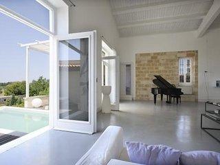 Luxury Palazzo Ferilli: in Gagliano del Capo! - Gagliano del Capo vacation rentals