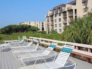 Island Club - Sea Watch - Fri, Sat, Sun check ins only! - Hilton Head vacation rentals