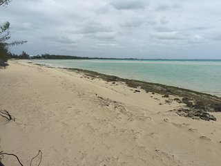 Beautiful Sandbank Cottage - Current, Eleuthera - Gregory Town vacation rentals