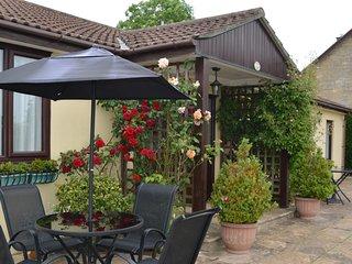 2 bedroom House with Internet Access in Buckhorn Weston - Buckhorn Weston vacation rentals