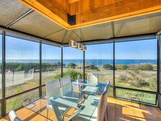 Mid-century home w/ ocean views, deck & hot tub - walk to beaches & shared pool! - Sea Ranch vacation rentals