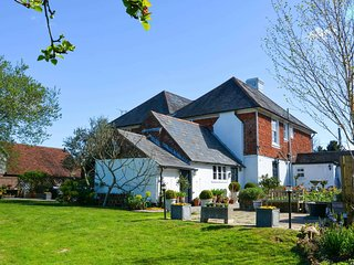 5 bedroom House with Internet Access in Hurst Green - Hurst Green vacation rentals