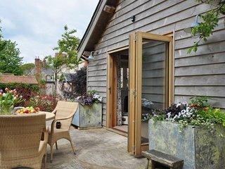 Perfect 1 bedroom Barn in Corton - Corton vacation rentals