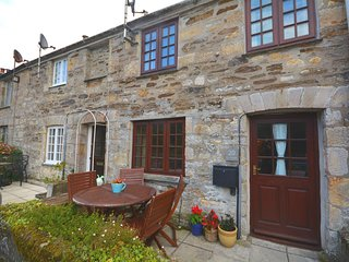 Charming House with Internet Access and Fireplace - Pentewan vacation rentals