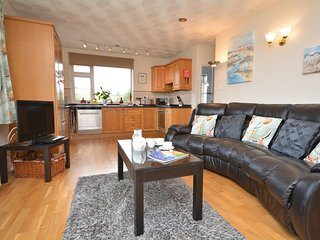 TYHAN Apartment in Whitsand Ba - Polbathic vacation rentals