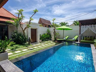 Sanur - Villa Sapa Gardenia, 1 bdrm private luxury Villa - couples retreat - Sanur vacation rentals