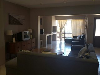Lovely 3 bedroom Summerstrand Townhouse with Shared Outdoor Pool - Summerstrand vacation rentals