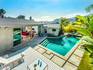 Lilypool, Sleeps 6 - Hollywood vacation rentals