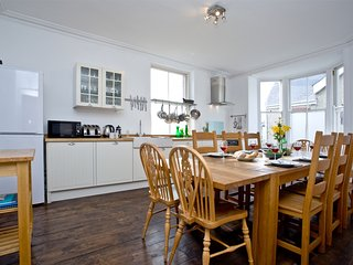 Hobart House located in Newquay, Cornwall - Newquay vacation rentals