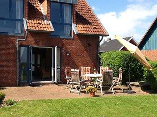 4-Sterne Ferienhaus mit Panoramablick auf die Ostsee - Brodersby vacation rentals