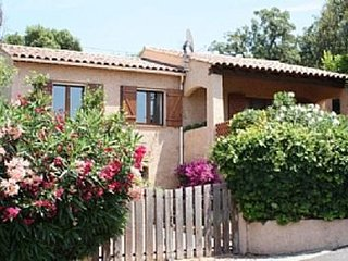 Beautiful Villa, 10 Minute Walk To Beaches & Town Centre - Saint-Maxime vacation rentals