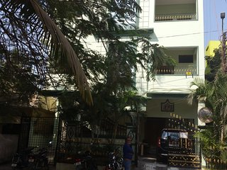 7 bedroom House with Internet Access in Hyderabad - Hyderabad vacation rentals