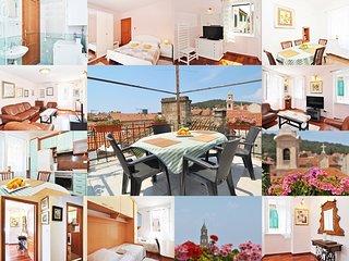 Perfect 3 bedroom Apartment in Split - Split vacation rentals