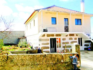 Nice 4 bedroom Chaves House with Internet Access - Chaves vacation rentals