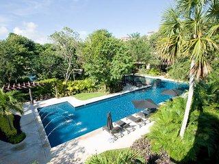 Luxury Condo, Best Price Playa del Carmen - Playa del Carmen vacation rentals