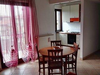 Bright 1 bedroom Apartment in Fondi with Balcony - Fondi vacation rentals