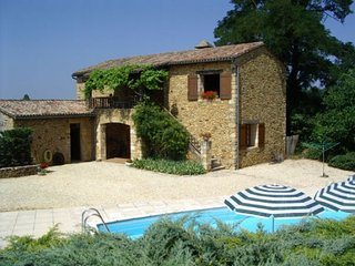 Converted barn,7 people,private heated,pool beautifulview,near golf courses 2kms - Saint-Germain de Belves vacation rentals