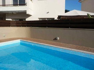 2b Ground floor Garden Apt with pool - Pyrgos - Limassol vacation rentals