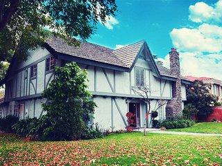 luxury huge house beautiful rooms - Arcadia vacation rentals