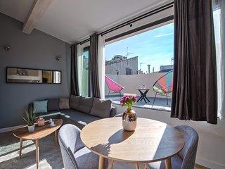 Aix Centre Petit Loft avec Terrasse Luxe - Aix-en-Provence vacation rentals