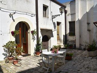 Nomadi Sedentari - piano terra - Irsina vacation rentals