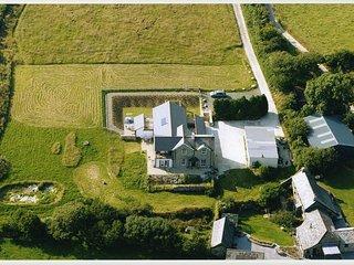 Tregenza at South Draynes Farm with HOT TUB - Saint Neot vacation rentals