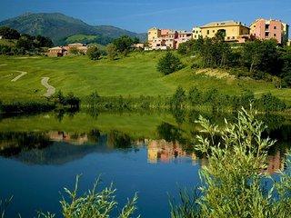 BIRDIE 2BR-golf&sea by KlabHouse - Cogoleto vacation rentals