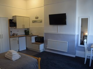 The Blenheim - Station Watch - Dawlish vacation rentals
