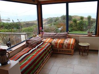 Villa bord de mer à 200m de la plage  avec un grand jardin - Fermanville vacation rentals