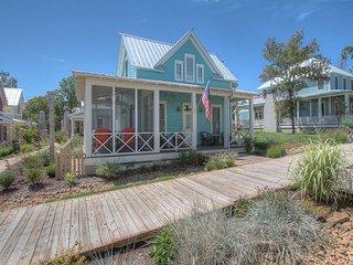 Carlton Landing! Cozy getaway on the Boardwalk - Longtown vacation rentals