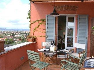 Apartment in Liguria : Cinque Terre Area Il Pergolato- Terrazze - Santo Stefano di Magra vacation rentals