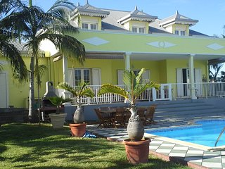 """Villa """"La Créole"""" avec piscine, 10 pers. - Saint-Pierre De La Reunion vacation rentals"""