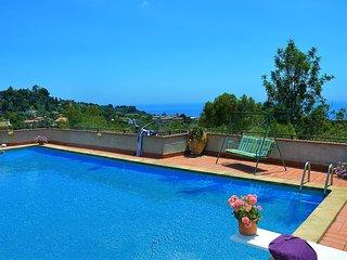 Villa Forest con piscina - Aci Catena vacation rentals
