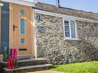 Luxury pet friendly Devon Cottage, Near to Dartmouth & the Beach with tennis! - Strete vacation rentals