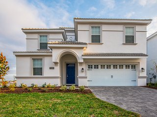 WOW! 10 bd 5 bth pool home w/ game rm from 360 nt - Kissimmee vacation rentals