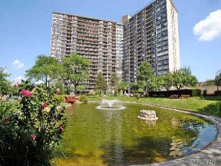 Nice Condo with Internet Access and A/C - Bayside vacation rentals