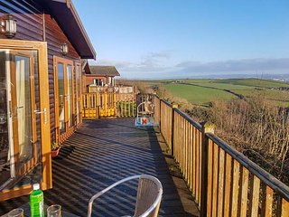 LODGE 19, holiday park, indoor heated swimming pool, dog-friendly, Milbrook, Ref 944462 - Cawsand vacation rentals