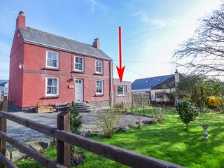SWINHAY, all ground floor, lawned garden, pet-friendly, in Hook, near - Llangwm vacation rentals