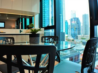 2 Bedroom Apt near the Casino - South Melbourne vacation rentals