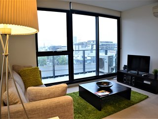Cozy 1 bedroom South Melbourne Apartment with Internet Access - South Melbourne vacation rentals