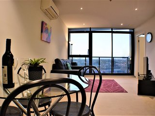 Nice Condo with Internet Access and A/C - South Melbourne vacation rentals