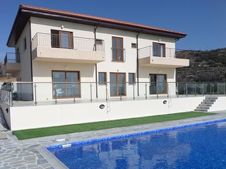 Perfect 5 bedroom Villa in Lania - Lania vacation rentals