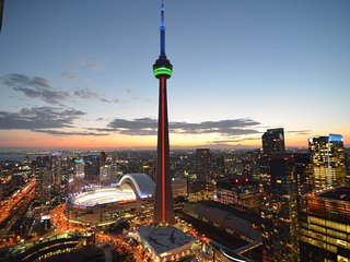 1 BDR + 1 BATH WITH SOFA BED - METRO TORONTO CTR, CN TOWER, ACC - AMAZING VIEWS - Toronto vacation rentals
