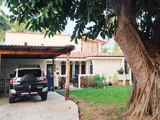 Sunny Beach House sleeps up to 9 - Manzanillo vacation rentals